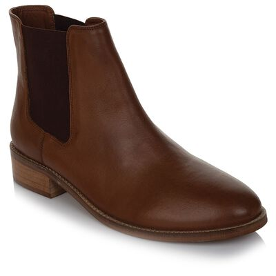 Rare Earth Women's Chelsea Boot